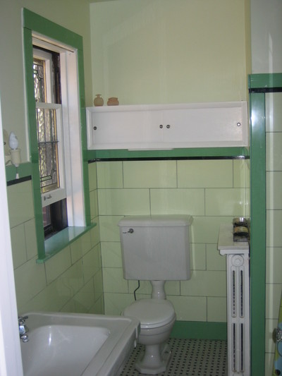 highlighting retro bathrooms